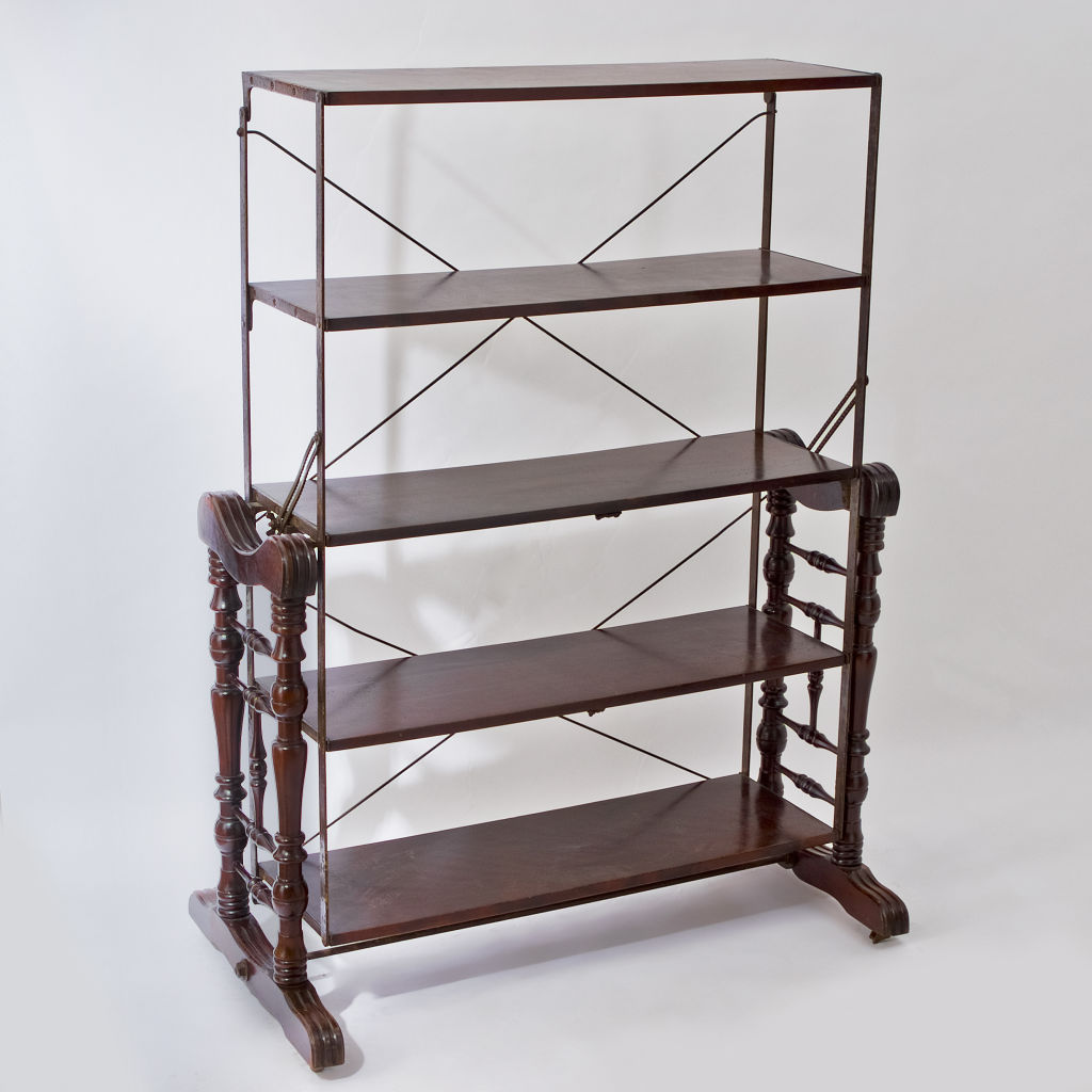 Metamorphic Shelves