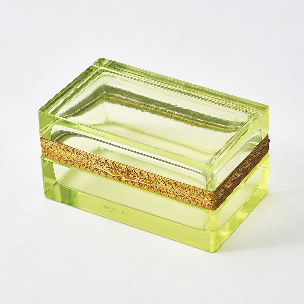 Italian Uranium Green Glass Box