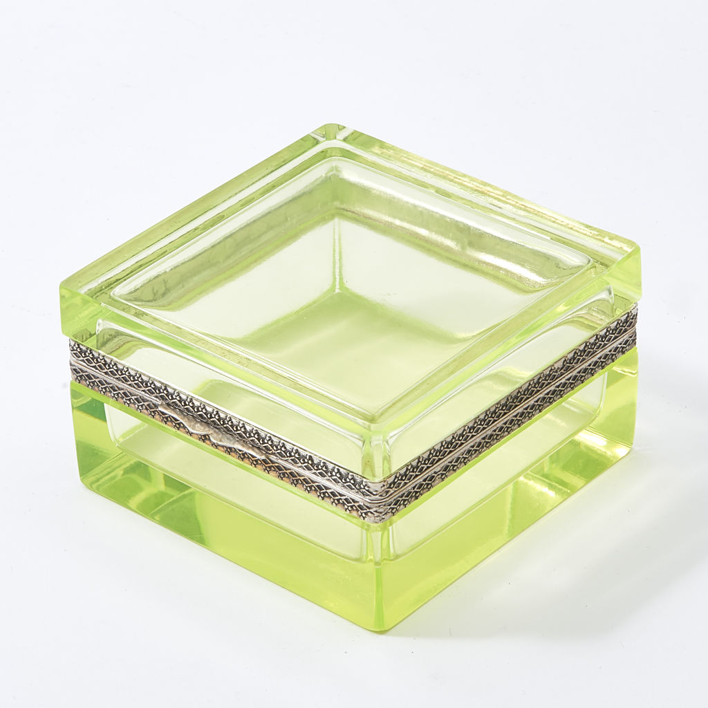 Square Italian Uranium Glass Box