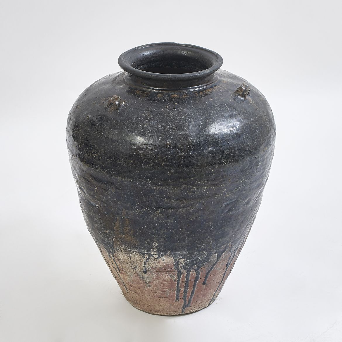 Large Black Glaze Chinese Water Jar