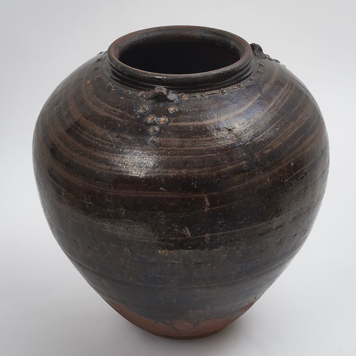 Black Chinese Water Jar