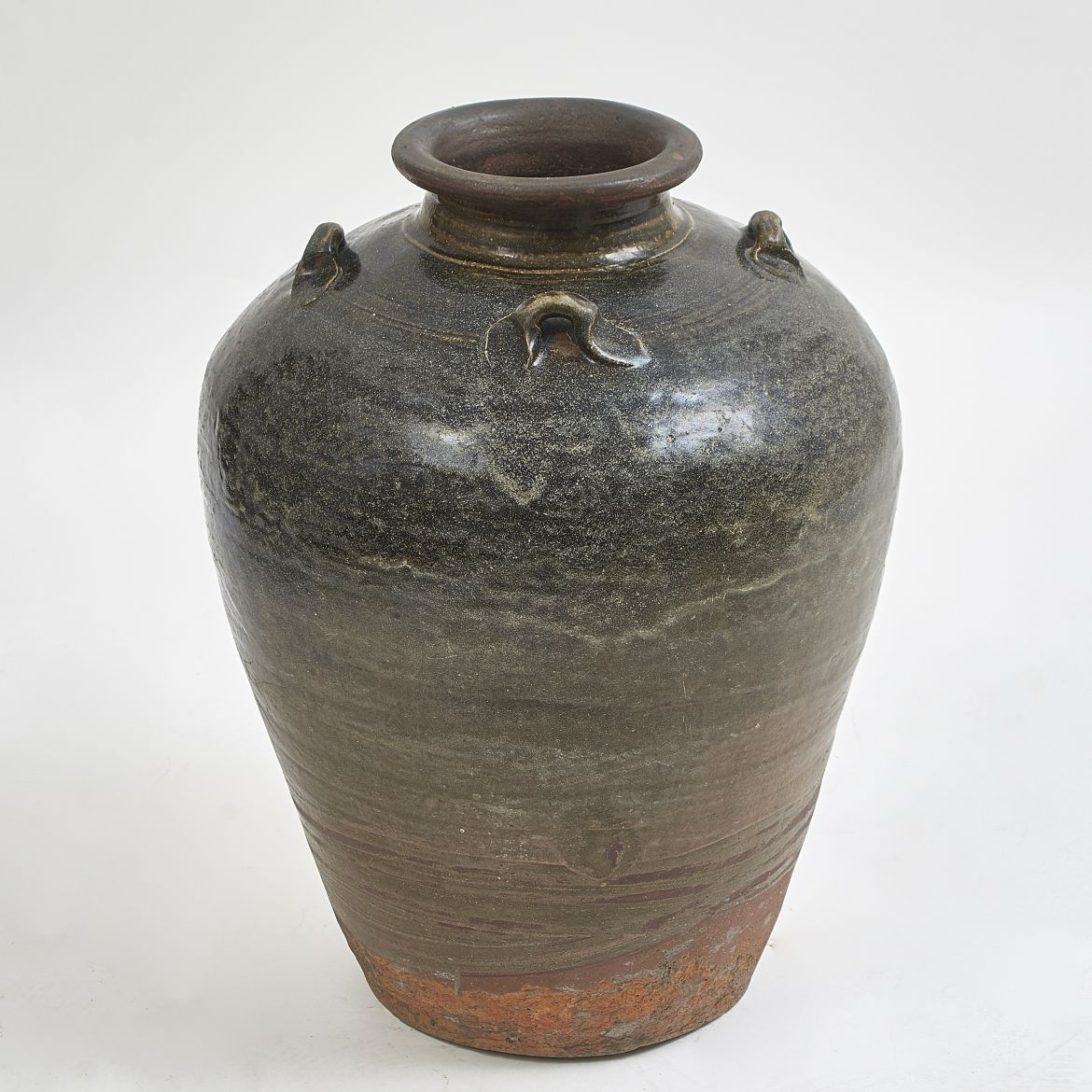 Black Glaze Chinese Water Jar