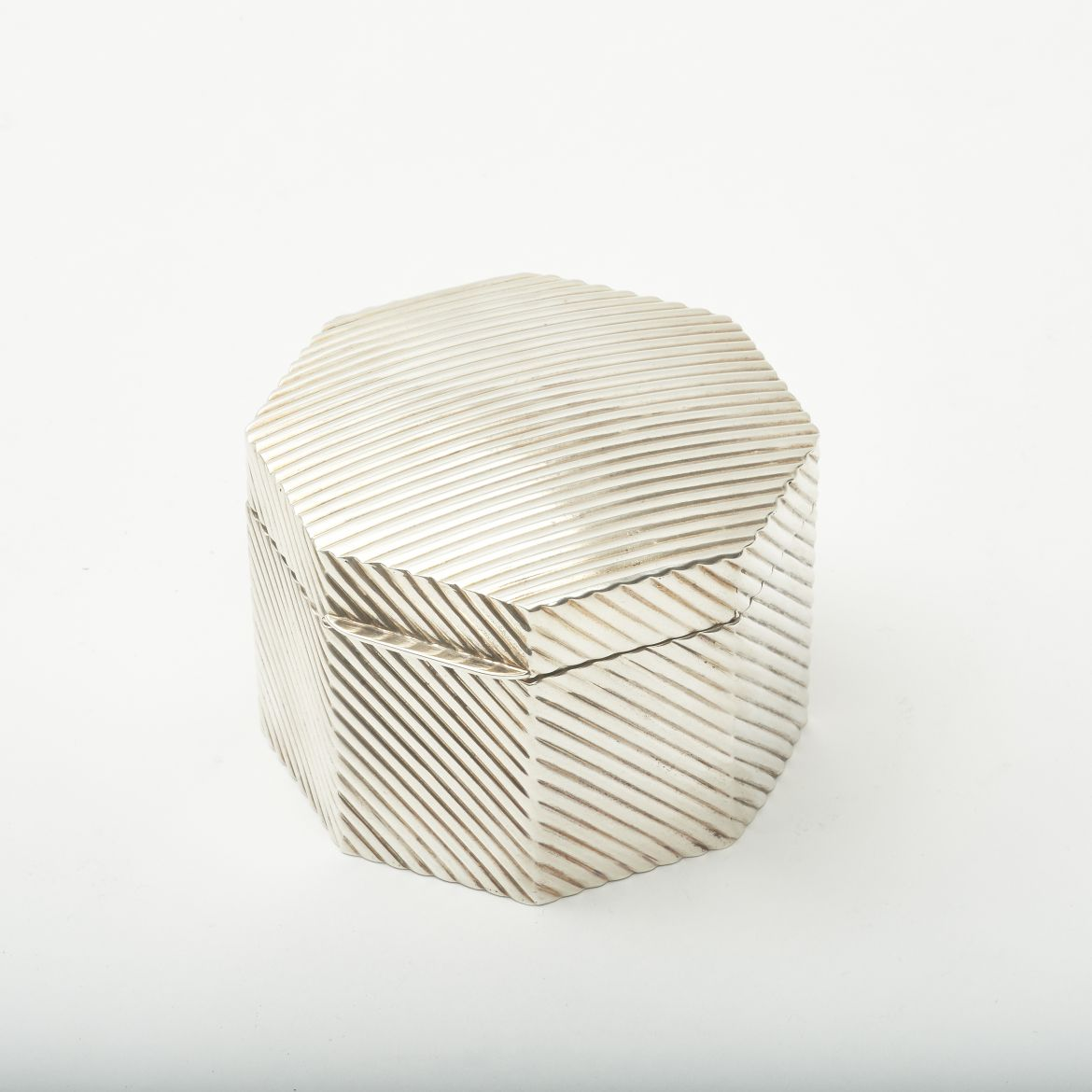 Hexagonal Ribbed Box
