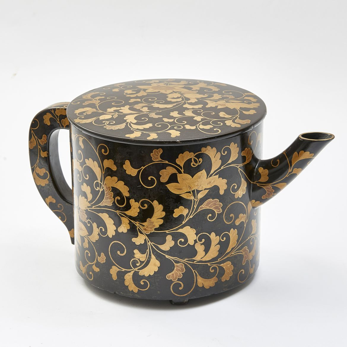 Japanese Lacquered Water Pot