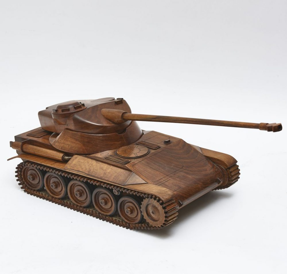 Walnut Reticulated Maquette AMX Tank