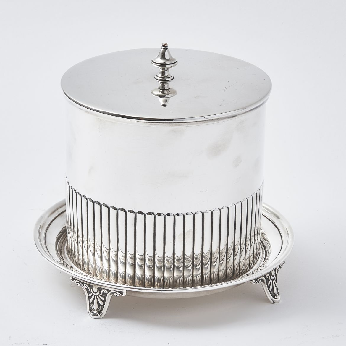 Elkington & Co Reeded Biscuit Barrel