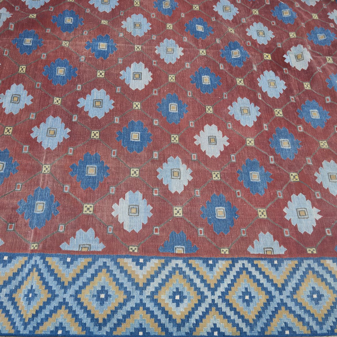 Blossom and Tile Design Dhurrie With Contrast Diamond Border
