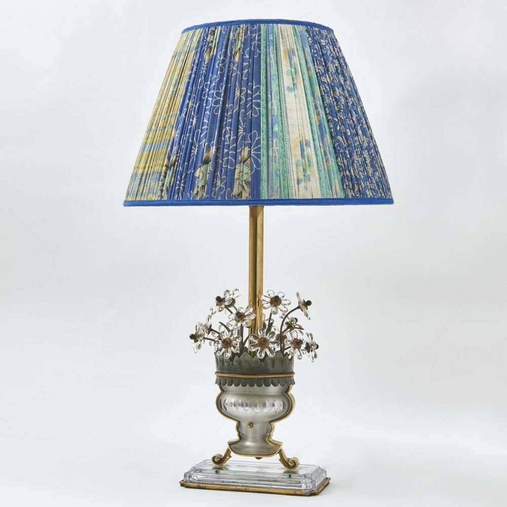 Italian Bagues Style Vase Of Flowers Design Lamp