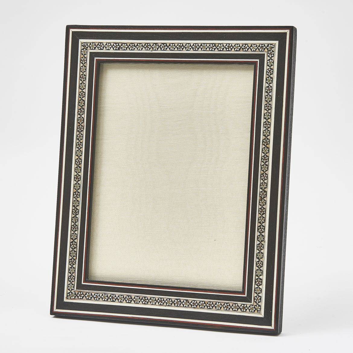 Black And White Sadeli Frame With Ebony Bands