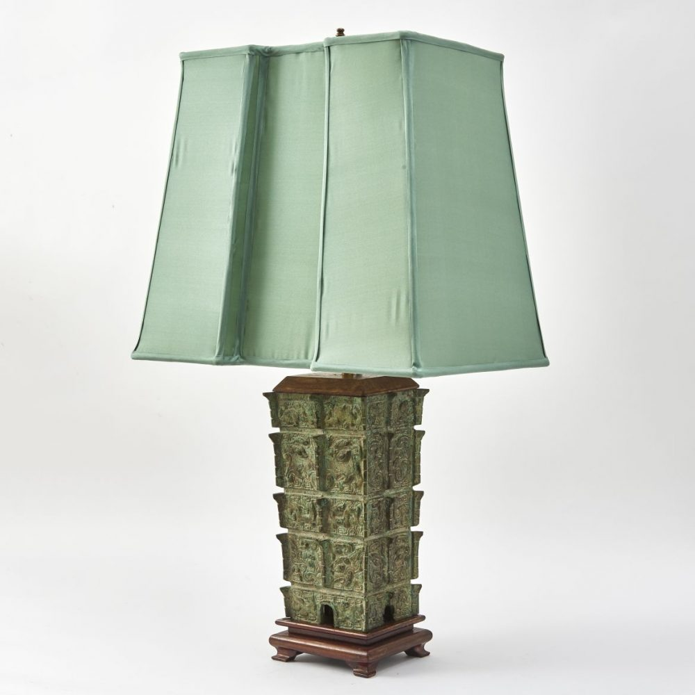 Bronze Lamp After Chinese Shang Dynasty Fangyi Grani Vessel